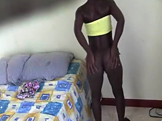 voluptuous black hussy moves and shakes her bubble ass for a webcam