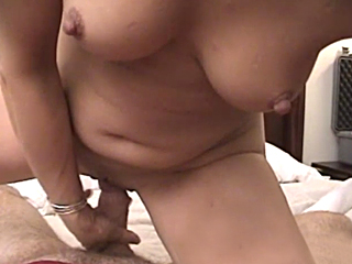 milf gives a nice long blowjob